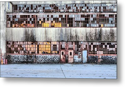 In The Right Light Metal Print by JC Findley