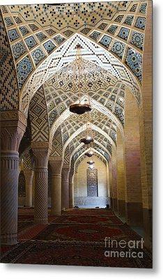 Interior Of The Winter Prayer Hall Of The Nazir Ul Mulk Mosque At Shiraz In Iran Metal Print by Robert Preston