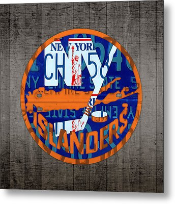 Islanders Hockey Team Retro Logo Vintage Recycled New York License Plate Art Metal Print by Design Turnpike