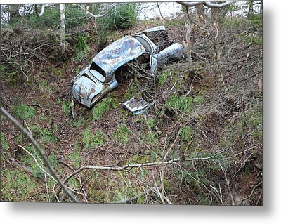 Junk On The Dunk Metal Print by Ron Pringle