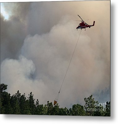 Metal Print featuring the photograph K-max Helicopter On Myrtle Fire by Bill Gabbert