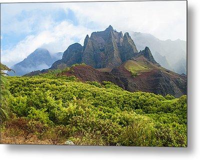 Kalalau Valley - Kauai Hawaii Metal Print by Brian Harig