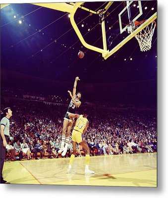 Kareem Abdul Jabbar Great Shot Metal Print by Retro Images Archive