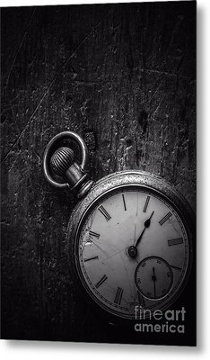 Keeping Time Black And White Metal Print by Edward Fielding