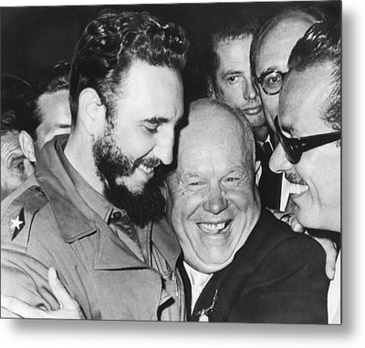 Khrushchev And Castro Metal Print by Underwood Archives