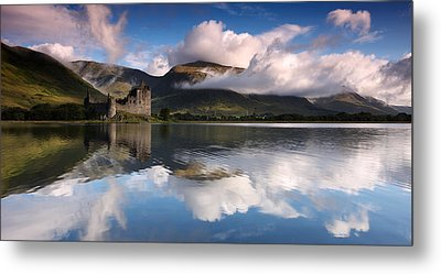 Kilchurn Castle Metal Print by Guido Tramontano Guerritore