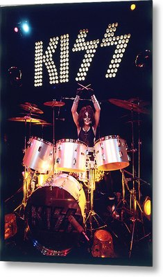 Kiss - Peter Criss 1973 Metal Print by Epic Rights