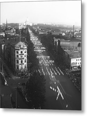 Ku Klux Klan Parade Metal Print by Underwood Archives
