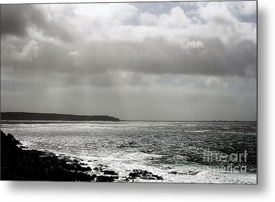 Lands End Metal Print by Linsey Williams