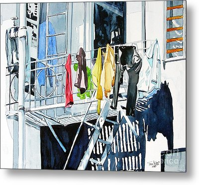 Laundry Day In San Francisco Metal Print by Tom Riggs