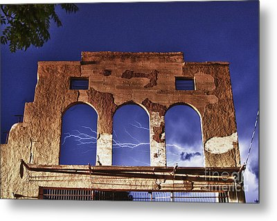 Lightning And The La Victoria Wall In Jerome Arizona Metal Print by Ron Chilston