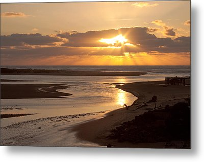 Lincoln City Sunset Metal Print by John Daly