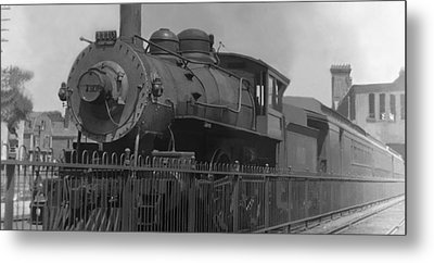 Locomotive 1110 Metal Print by Henri Bersoux