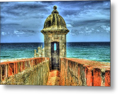 Look Out Metal Print by Dado Molina