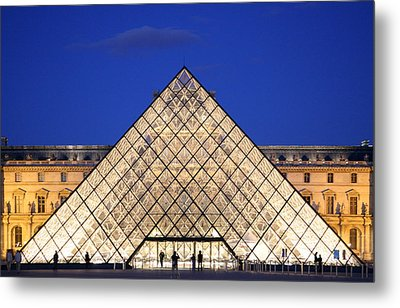 Louvre Pyramid Metal Print by Joanna Madloch