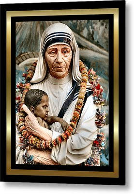 Love To The Rescue 2 Metal Print by Karen Showell