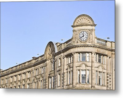 Manchester Station Metal Print by Tom Gowanlock