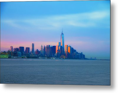 Manhattan In The Morning Metal Print by Bill Cannon