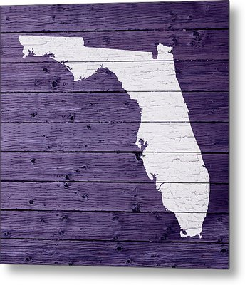 Map Of Florida State Outline White Distressed Paint On Reclaimed Wood Planks Metal Print by Design Turnpike