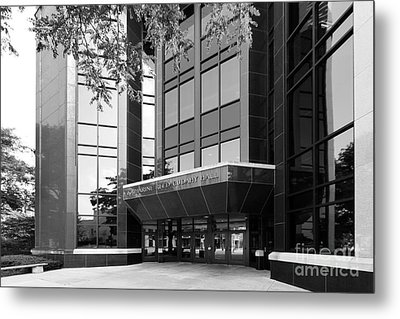 Marquette University Cudahy Hall Metal Print by University Icons