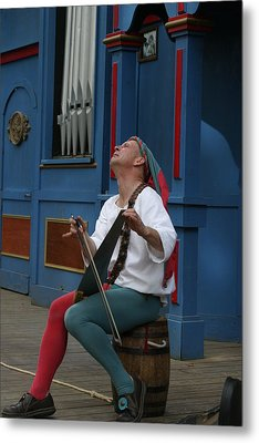 Maryland Renaissance Festival - A Fool Named O - 121255 Metal Print by DC Photographer