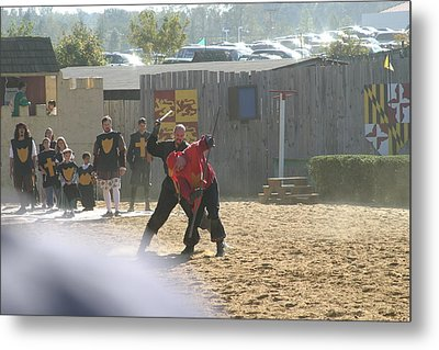 Maryland Renaissance Festival - Jousting And Sword Fighting - 121275 Metal Print by DC Photographer