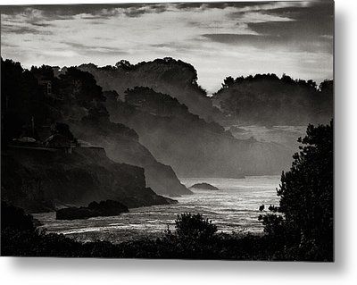 Mendocino Coastline Metal Print by Robert Woodward