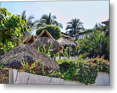 Mexican Thathed Roofs Metal Print by Linda Phelps