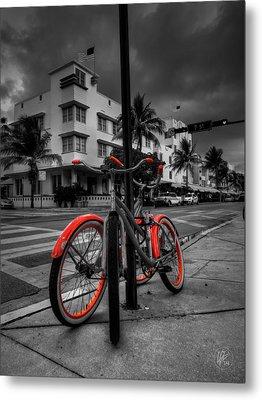 Miami - South Beach Bikes 001 Metal Print by Lance Vaughn