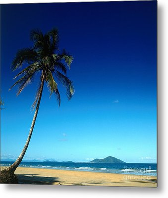 Mission Beach And Dunk Island Metal Print by Dale Boyer