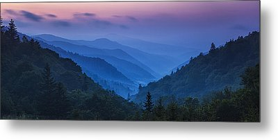 Misty Mountain Morning Metal Print by Andrew Soundarajan