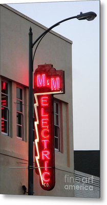Mm Electric Metal Print by Gregory Dyer