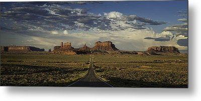 Monument Valley Panorama Metal Print by Steve Gadomski