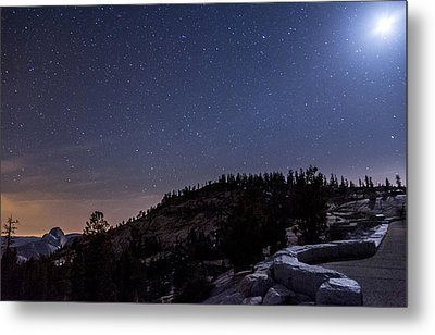 Moon Light At Olmstead Point Metal Print by Cat Connor