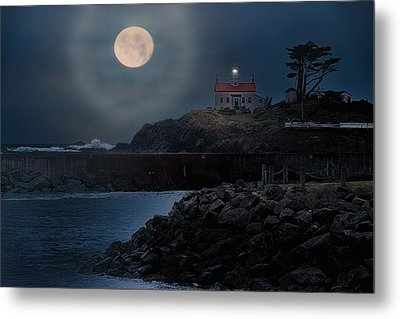 Moon Over Battery Point Metal Print by James Heckt