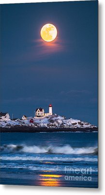 Moon Over Nubble Metal Print by Benjamin Williamson