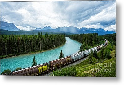Morant's Curve Bow Valley Banff National Park Canada Metal Print by Edward Fielding