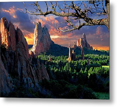 Morning Light At The Garden Of The Gods Metal Print by John Hoffman