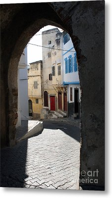 Morocco Door Light Metal Print by Joe Fantauzzi