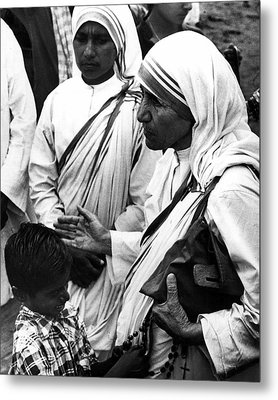 Mother Teresa With Young Boy Metal Print by Retro Images Archive
