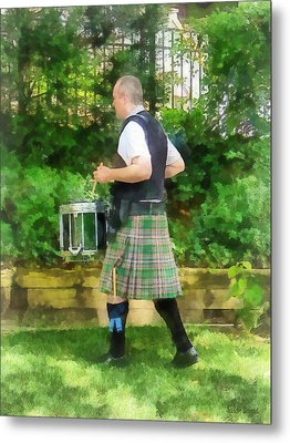 Music - Drummer In Pipe Band Metal Print by Susan Savad
