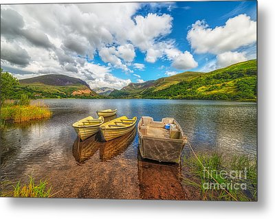 Nantlle Lake Metal Print by Adrian Evans