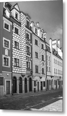 Narrow Houses Metal Print by Arkady Kunysz