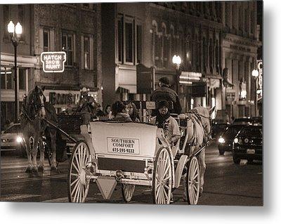 Nashville Carriage Ride Metal Print by John McGraw