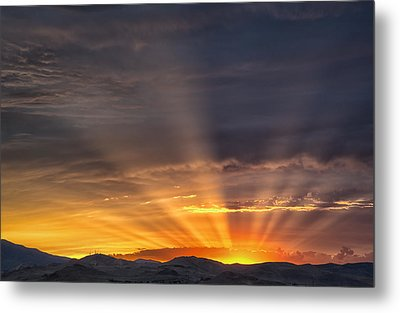 Nevada Sunset Metal Print by Janis Knight