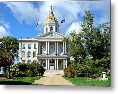 New Hampshire State Capitol Metal Print by Olivier Le Queinec