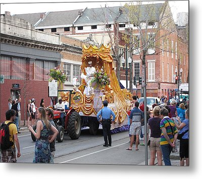 New Orleans - Mardi Gras Parades - 121259 Metal Print by DC Photographer