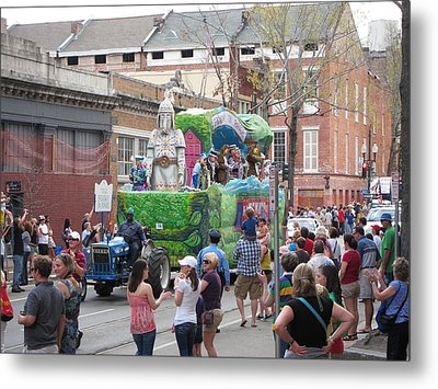 New Orleans - Mardi Gras Parades - 121276 Metal Print by DC Photographer