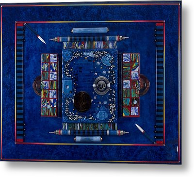 New World Equilibrium Metal Print by Armand Elgrissy