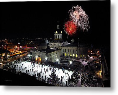 New Year Rockin' In The Clock Metal Print by Paul Wash